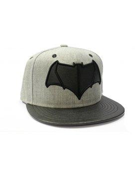 czapka BATMAN VS SUPERMAN - BATMAN LOGO