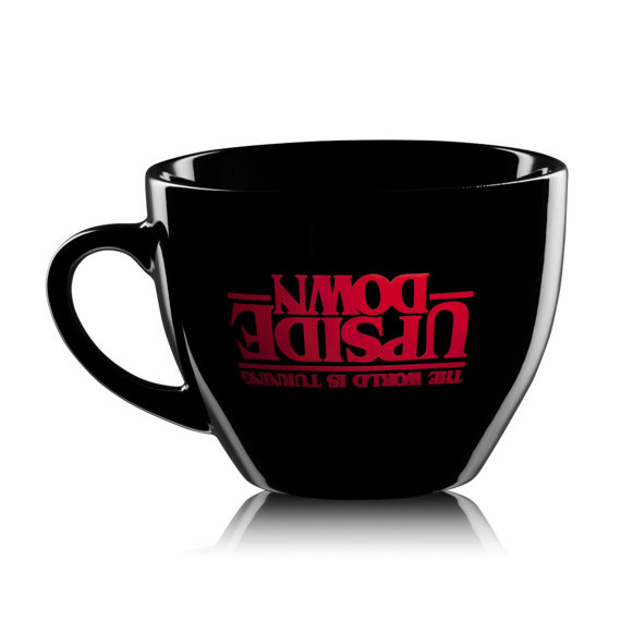 kubek do cappuccino STRANGER THINGS - THE WORLD IS TURNING UPSIDE DOWN